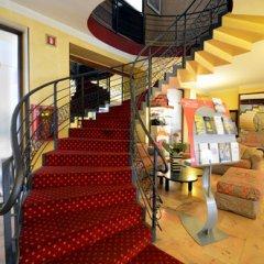 Hotel Plaza Torino интерьер отеля