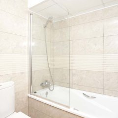 Отель UHC Spa Aqquaria Family Complex Испания, Салоу - 2 отзыва об отеле, цены и фото номеров - забронировать отель UHC Spa Aqquaria Family Complex онлайн ванная фото 2