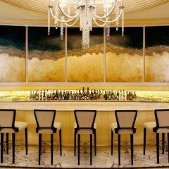 Отель Habtoor Palace, LXR Hotels & Resorts гостиничный бар фото 2