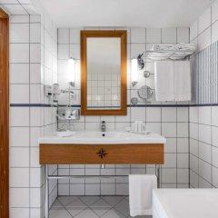 Отель Green Park Hotel Klaipeda Литва, Клайпеда - 7 отзывов об отеле, цены и фото номеров - забронировать отель Green Park Hotel Klaipeda онлайн ванная фото 3