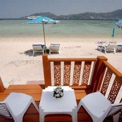 Отель Patong Bay Hut пляж фото 2
