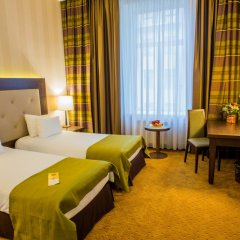 Гостиница Петро Палас 5* Улучшенный номер с различными типами кроватей фото 2