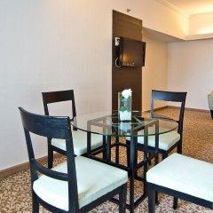 Baiyoke Sky Hotel 4* Улучшенный люкс с различными типами кроватей фото 4