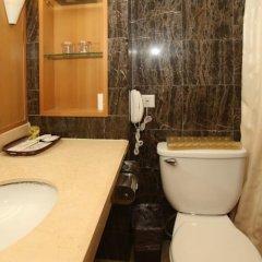 Отель Beijing Ping An Fu Hotel Китай, Пекин - отзывы, цены и фото номеров - забронировать отель Beijing Ping An Fu Hotel онлайн ванная фото 2