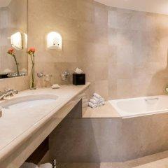 Отель Warwick Brussels 5* Люкс Grand place с различными типами кроватей фото 2