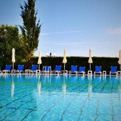 Отель Kapetanios Bay Hotel Кипр, Протарас - отзывы, цены и фото номеров - забронировать отель Kapetanios Bay Hotel онлайн бассейн фото 3