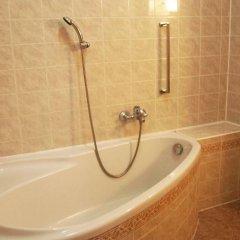 Отель U Cerneho Medveda- At The Black Bear ванная фото 3