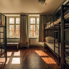 Отель Urban House Copenhagen by MEININGER Дания, Копенгаген - - забронировать отель Urban House Copenhagen by MEININGER, цены и фото номеров комната для гостей фото 6