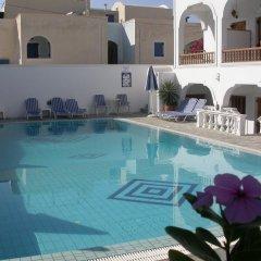 Отель Armonia бассейн