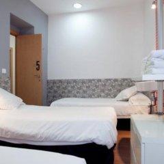 Отель Hostal Nitzs Bcn комната для гостей фото 6