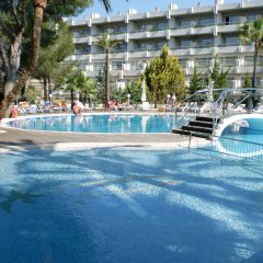 Отель Palmira Beach бассейн