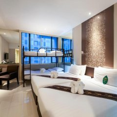 Mandarin Hotel Managed by Centre Point 4* Номер Делюкс Quartette с различными типами кроватей