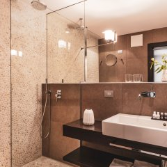 Art & Design Hotel Napura Терлано ванная