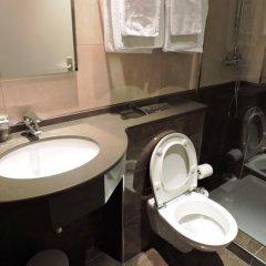 Отель Hôtel London Opera Франция, Париж - 5 отзывов об отеле, цены и фото номеров - забронировать отель Hôtel London Opera онлайн ванная фото 3