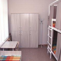 Хостел Adres Кровать в мужском общем номере с двухъярусной кроватью фото 4