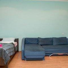 Апартаменты Apartment Svobody 6b комната для гостей фото 2