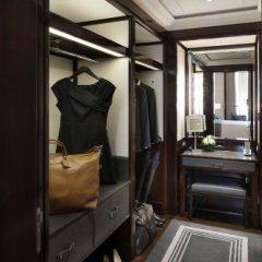 Hotel The Peninsula Paris 5* Улучшенный люкс с различными типами кроватей