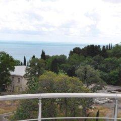 Гостиница Вилла Камилла в Лазурном отзывы, цены и фото номеров - забронировать гостиницу Вилла Камилла онлайн Лазурное балкон