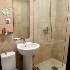 Гостиница Голубая Лагуна в Анапе 13 отзывов об отеле, цены и фото номеров - забронировать гостиницу Голубая Лагуна онлайн Анапа ванная