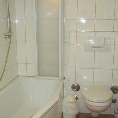 H10 Berlin Ku'damm Hotel 4* Номер Basic разные типы кроватей фото 4