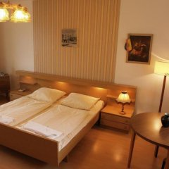 Отель OSTEL - Das DDR Hostel Германия, Берлин - 3 отзыва об отеле, цены и фото номеров - забронировать отель OSTEL - Das DDR Hostel онлайн комната для гостей фото 3