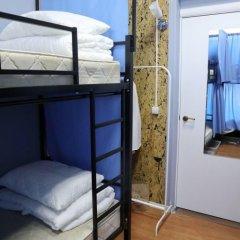 Хостел Travel Inn Выставочная Кровать в общем номере с двухъярусной кроватью фото 9
