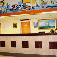 Отель Kapetanios Bay Hotel Кипр, Протарас - отзывы, цены и фото номеров - забронировать отель Kapetanios Bay Hotel онлайн интерьер отеля