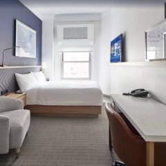 Radisson Hotel New York Wall Street 4* Стандартный номер с различными типами кроватей фото 4