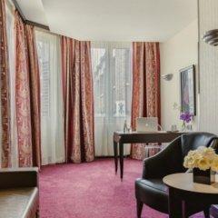 Отель Les Jardins Du Marais 4* Люкс Prestige