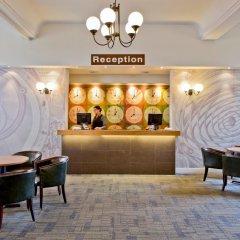 The County Hotel интерьер отеля