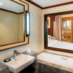 Отель Sheraton Maldives Full Moon Resort & Spa 5* Номер Делюкс Beach front с различными типами кроватей фото 3
