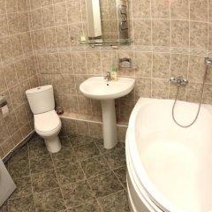 Гостиница «Альфа Берёзовая» в Омске отзывы, цены и фото номеров - забронировать гостиницу «Альфа Берёзовая» онлайн Омск ванная
