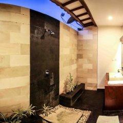 Отель Bale Sampan Bungalows ванная
