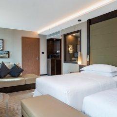 Отель Sheraton Grand Tbilisi Metechi Palace комната для гостей фото 3