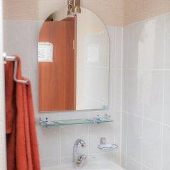 Гостиница Спутник 2* Номер Эконом с 2 отдельными кроватями (общая ванная комната) фото 5