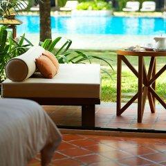 Отель Naithonburi Beach Resort Phuket 4* Номер Делюкс с различными типами кроватей фото 2