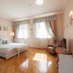 Гостиница ПолиАрт Номер Комфорт с двуспальной кроватью