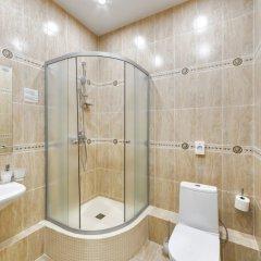 Гостиница Хитровка Стандартный семейный номер с различными типами кроватей фото 6