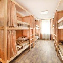 Хостел Кристалл Кровать в общем номере с двухъярусной кроватью