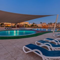 Отель Cleopatra Luxury Resort Makadi Bay бассейн фото 8