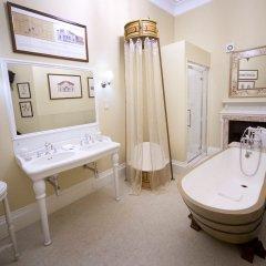 Отель The Lodge at Castle Leslie Estate Ирландия, Клонс - отзывы, цены и фото номеров - забронировать отель The Lodge at Castle Leslie Estate онлайн ванная фото 2