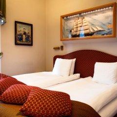 Victory Hotel 4* Люкс Captain Johansson's с различными типами кроватей фото 5