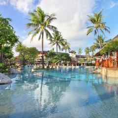 Nusa Dua Beach Hotel & Spa бассейн фото 6