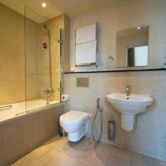 Отель 10 Pembridge Gardens Hotel Великобритания, Лондон - отзывы, цены и фото номеров - забронировать отель 10 Pembridge Gardens Hotel онлайн ванная