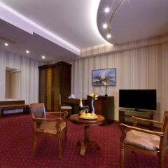 Отель Форум комната для гостей фото 2