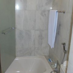 Loanda Hotel ванная