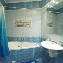 Гостиница Arbat Cinema Hostel в Москве 5 отзывов об отеле, цены и фото номеров - забронировать гостиницу Arbat Cinema Hostel онлайн Москва ванная