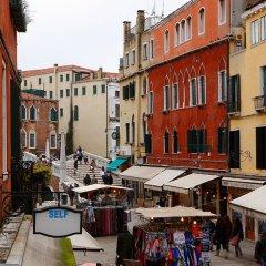 Отель Alle Guglie Италия, Венеция - 1 отзыв об отеле, цены и фото номеров - забронировать отель Alle Guglie онлайн балкон