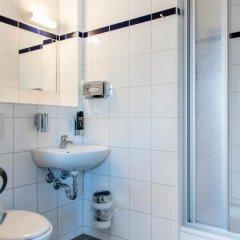 Отель a&o Copenhagen Norrebro Кровать в общем номере с двухъярусной кроватью фото 7