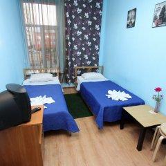 Хостел Геральда Стандартный номер с 2 отдельными кроватями (общая ванная комната) фото 3